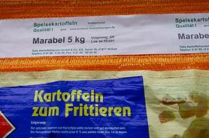 Bag of Kartoffein sum Frittieren